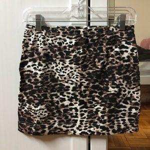 Leapard print jersey mini skirt